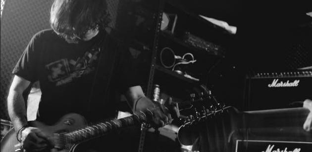 Nuevo guitarrista en Brand New Brain!
